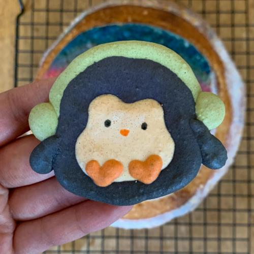 Penguin French Macarons